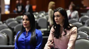 """Pide diputada panista a AMLO ofrecer pésame a deudos de víctimas de COVID, """"sin chistes ni risas"""""""
