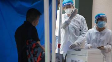 Hong Kong incentivará pruebas covid, otorgando 13 mil pesos a ciudadanos que resulten positivos al virus