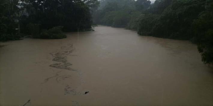Incremento del río Oxolotán no afecta a la población, asegura Protección Civil Municipal