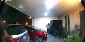 Comando armado irrumpe en casa de Puebla, vecinos detienen a uno