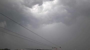Pronostican lluvias de hasta 50 mm para hoy en Tabasco