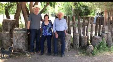 Amigos y políticos dan condolencias a Alfonso Durazo por la muerte de su padre