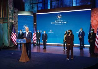 """Reafirma Biden que su compromiso de poner fin a la """"epidemia"""" de la violencia contra las mujeres"""