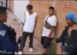 """Detienen a jóvenes para revisión de rutina en Tlaxcala y """"rapean"""" para que los liberen"""