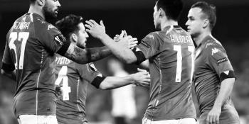 """""""Chucky"""" Lozano anota en la Europa League con el Napoli"""