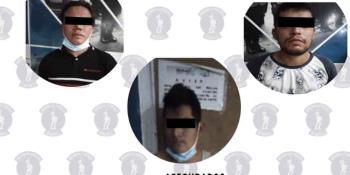 Detienen a tres sujetos en Villahermosa por robo con violencia en pandilla