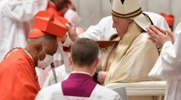 Nombra Papa Francisco 13 nuevos cardenales, entre ellos el mexicano Felipe Arizmedi Esquivel