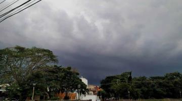 Se mantiene pronostico de lluvias de hasta 75 mm en Tabasco: PC