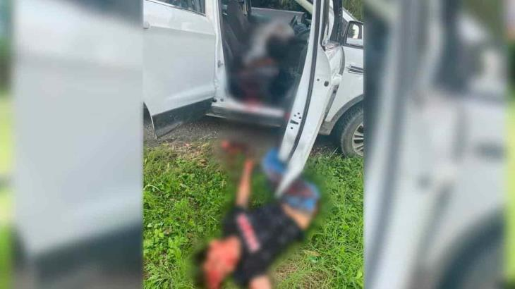 Ejecutan a dos hombres en Comalcalco que viajaban en una camioneta
