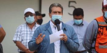 Sin aval del Congreso, no podrán instalarse luminarias LED en colonias de Centro: Evaristo Hernández