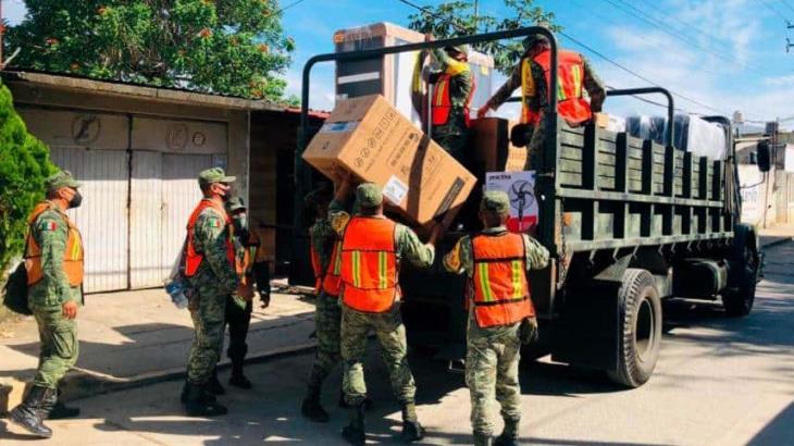 Entrega Sedena 20 mil 685 paquetes de enseres domésticos en Macuspana y Nacajuca