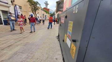 Denuncian contaminación y peligro por planta energética de oficina pública en Centro de Villahermosa