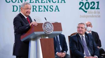 """Pide Obrador """"formalmente"""" a gobernadores no intervenir en el proceso electoral"""