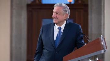 """Agradece AMLO a gobernadores que se sumaron a """"la defensa de la democracia"""""""