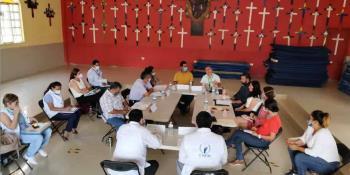 Acuerdan autoridades implementar acciones para habilitar albergues a migrantes en Villahermosa