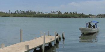 Impide Marina cruce de presuntos turistas a la Isla Andrés García en Paraíso