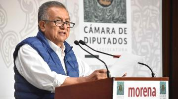 Emiten alerta migratoria contra diputado Saúl Huerta