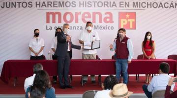 Alfredo Ramírez, sustituto de Morón, se registra como candidato de Morena-PT para la gubernatura de Michoacán