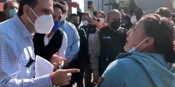 Panistas hacen campaña en el sitio del desplome del Metro