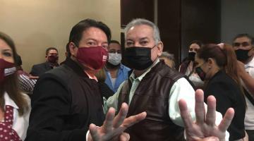 Diputado de Morena, Edelmiro Santos, buscaría nacionalizar Afores para financiar obras federales; él lo niega