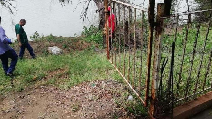 Hallan presuntos restos humanos flotando en río de Acachapan y Colmena